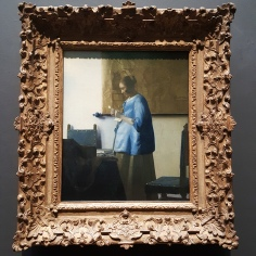 WOMAN READING A LETTER - JOHANNES VERMEER (c. 1663)