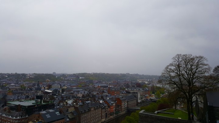 namur-in-the-rain