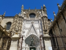 ENTRANCE TO CATHEDRAL